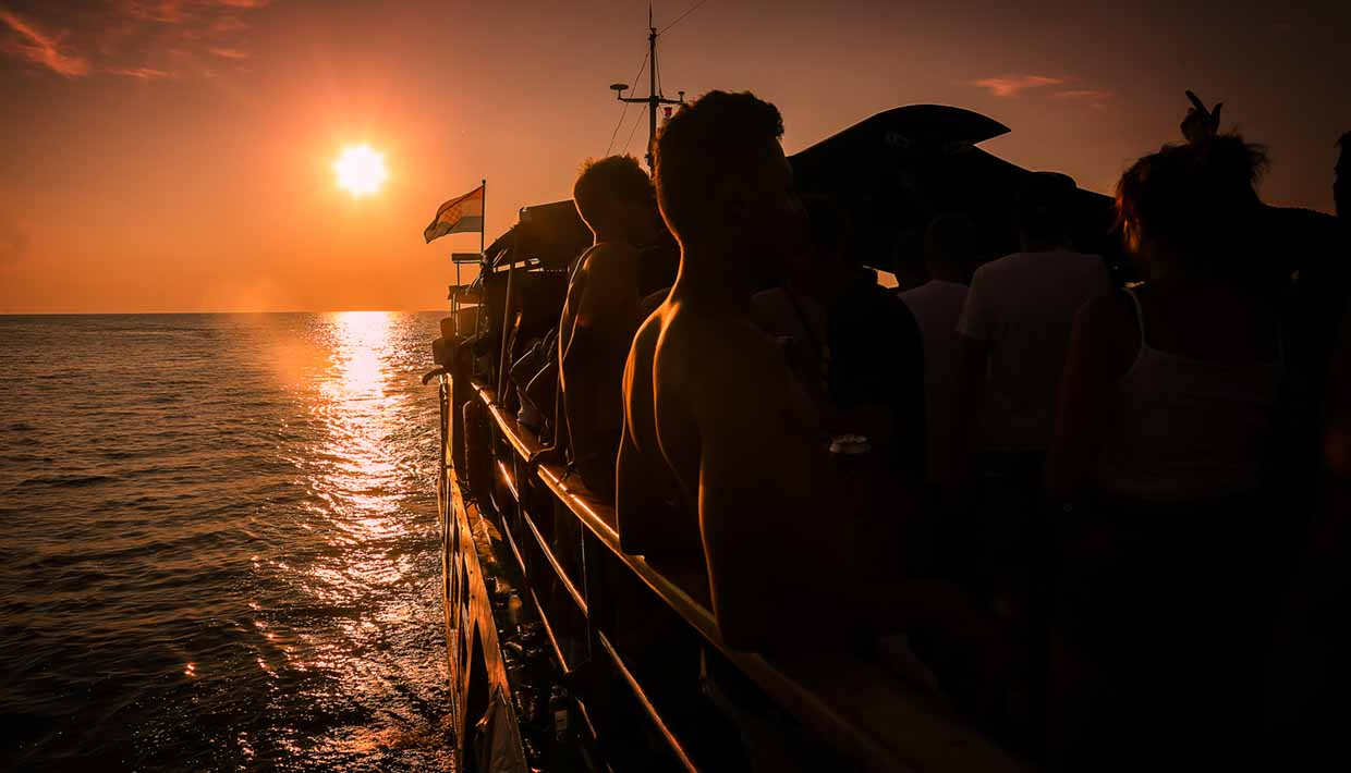Outlook-Festival-boat-sunset-credit-Benjamin-Eagle-